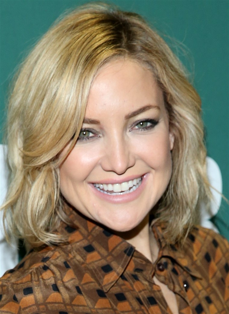 Kate Hudson Signs Copies Of