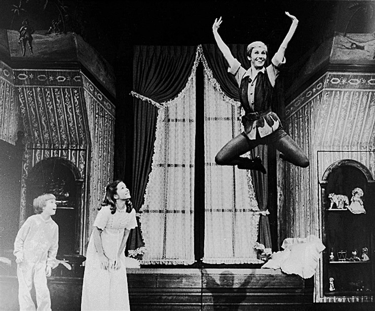 sabbioso Duncan takes flight as Peter Pan on Broadway with a new set of Darling children played by Marsha Kramer and Jonathan Ward.