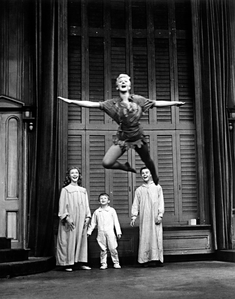 Maria Martin as Peter Pan, with the Darling children Maureen Bailey, Kent Fletcher and Joey Trent in a 1960 TV special.