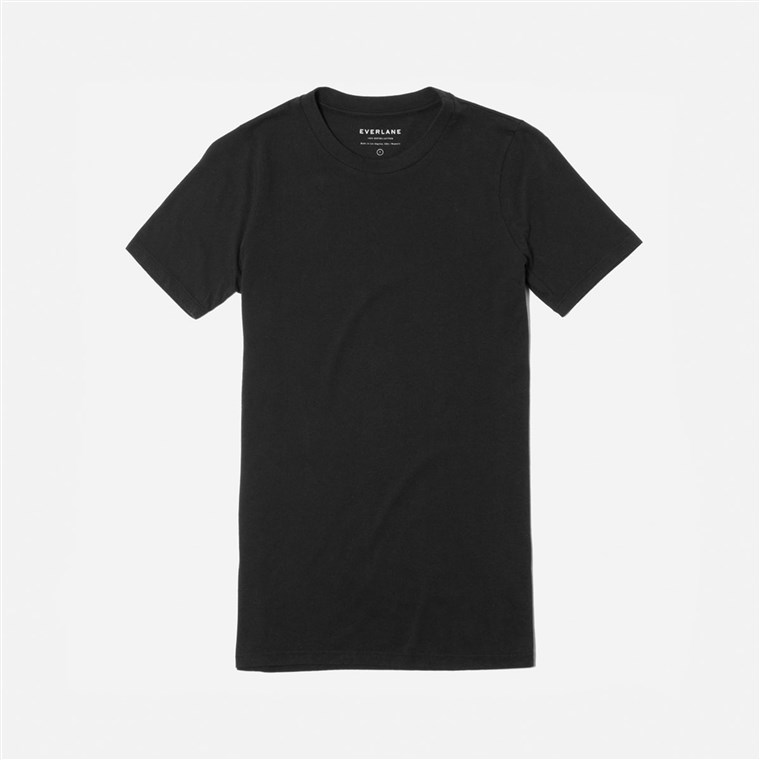 hadiah for new moms, Everlane t-shirt
