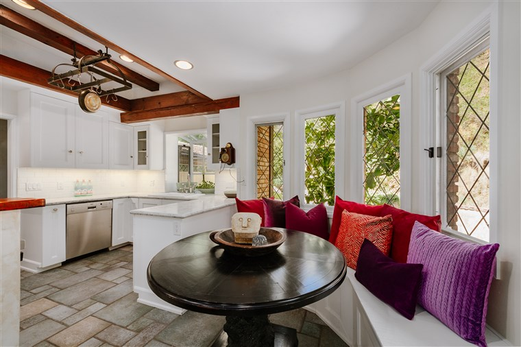 Cher's Beverly Hills house for sale