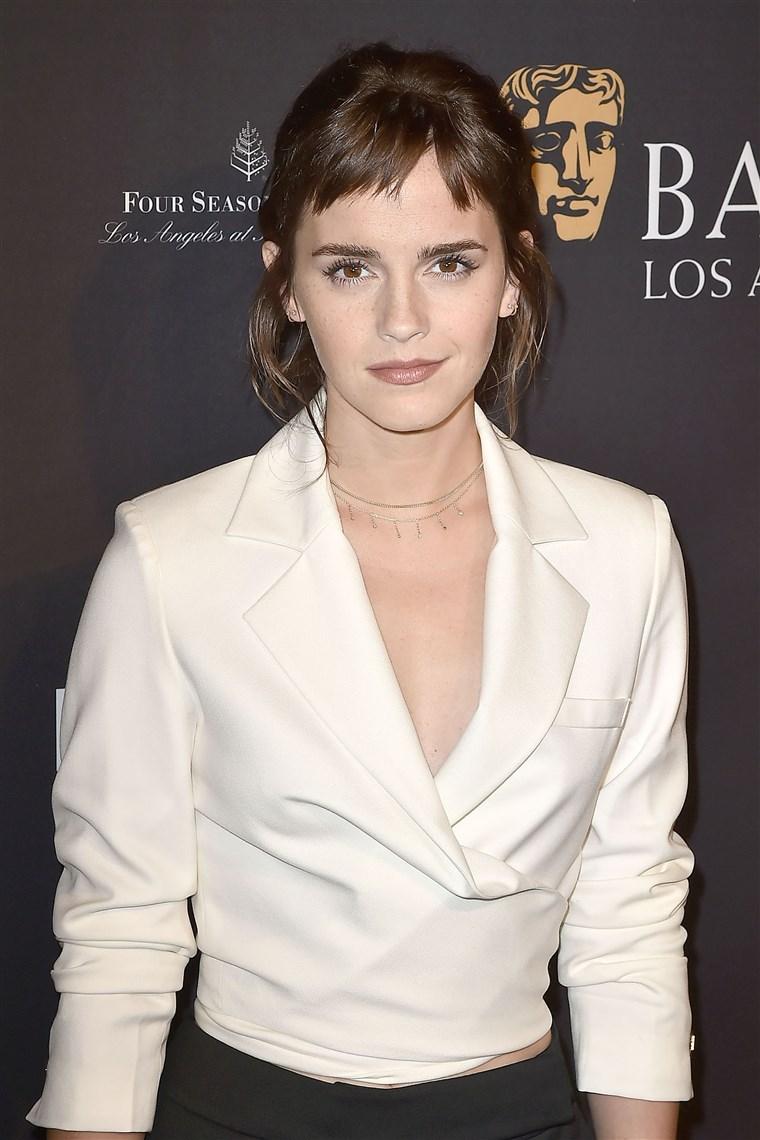 Emma Watson Memulai Debutnya Dengan Potongan Rambut Baru