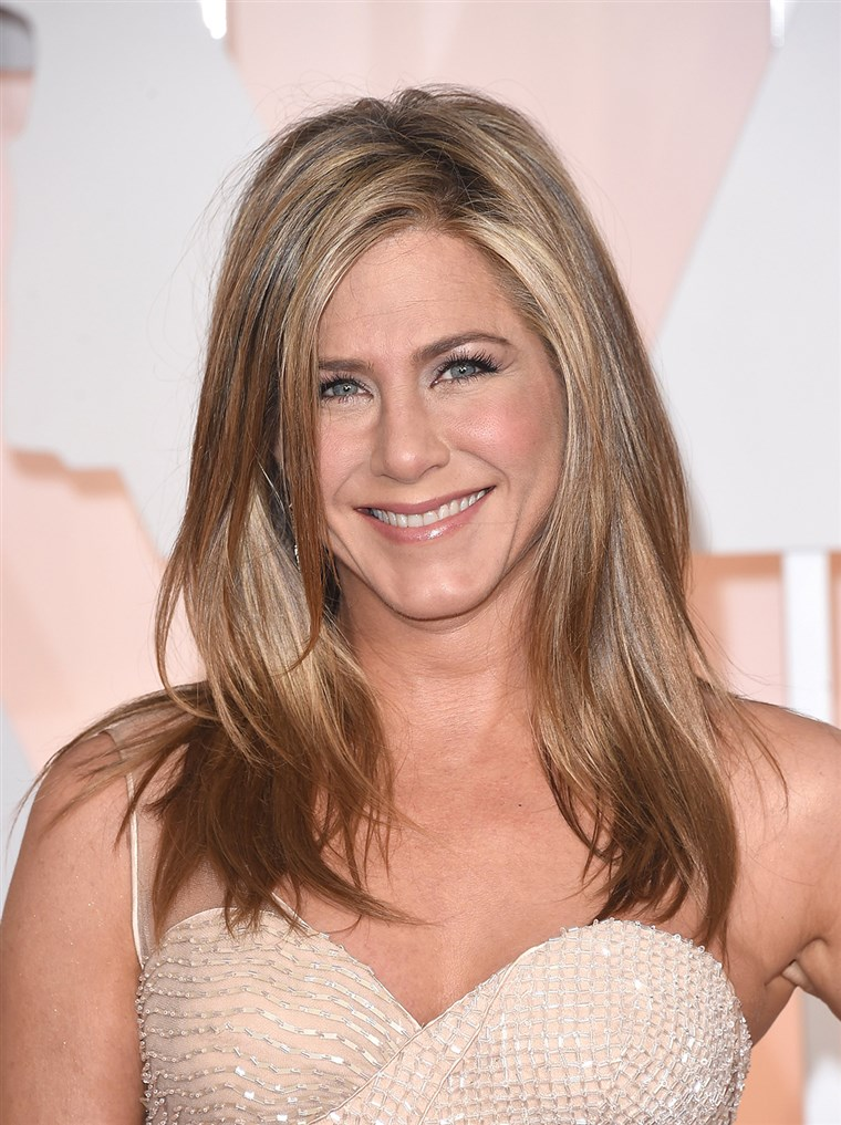 how-old-jennifer-aniston-today-150501.jpg