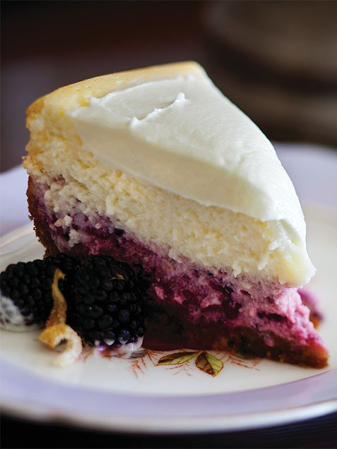 Limone-blackberry cheesecake