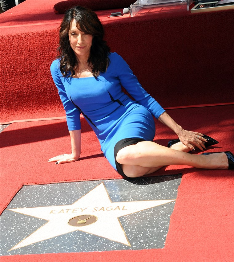 Gambar: Katey Sagal is honored with a star on The Hollywood Walk Of Fame.