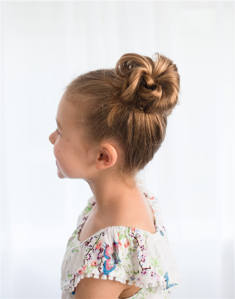 Disordinato pigtail buns hairstyle for kids
