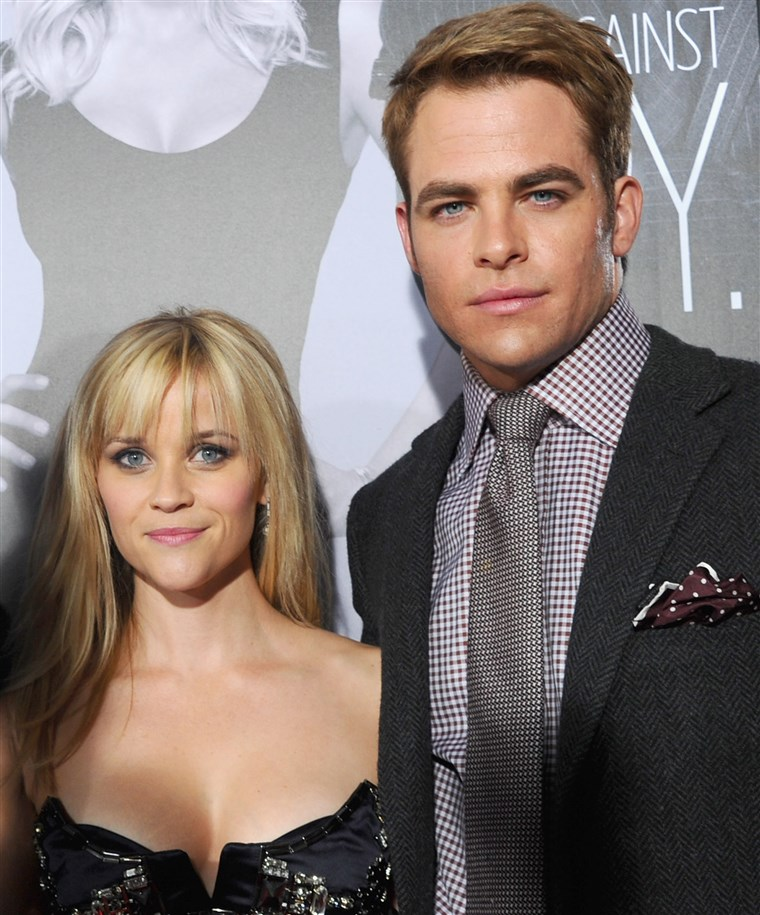 리스 Witherspoon and Chris Pine