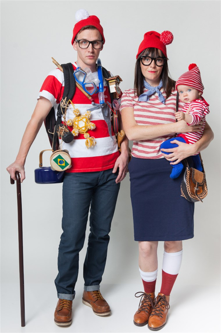 HALLOWEEN FAMILY COSTUMES: WHERE'S WALDO