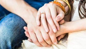 28515-couple-praying-together.1200w.tn[1]